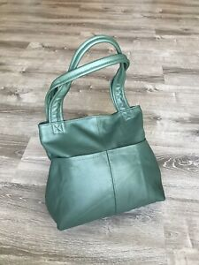 Green-Leather-Shoulder-Bag-With-Pockets-Fashion-Handbags-Cloe