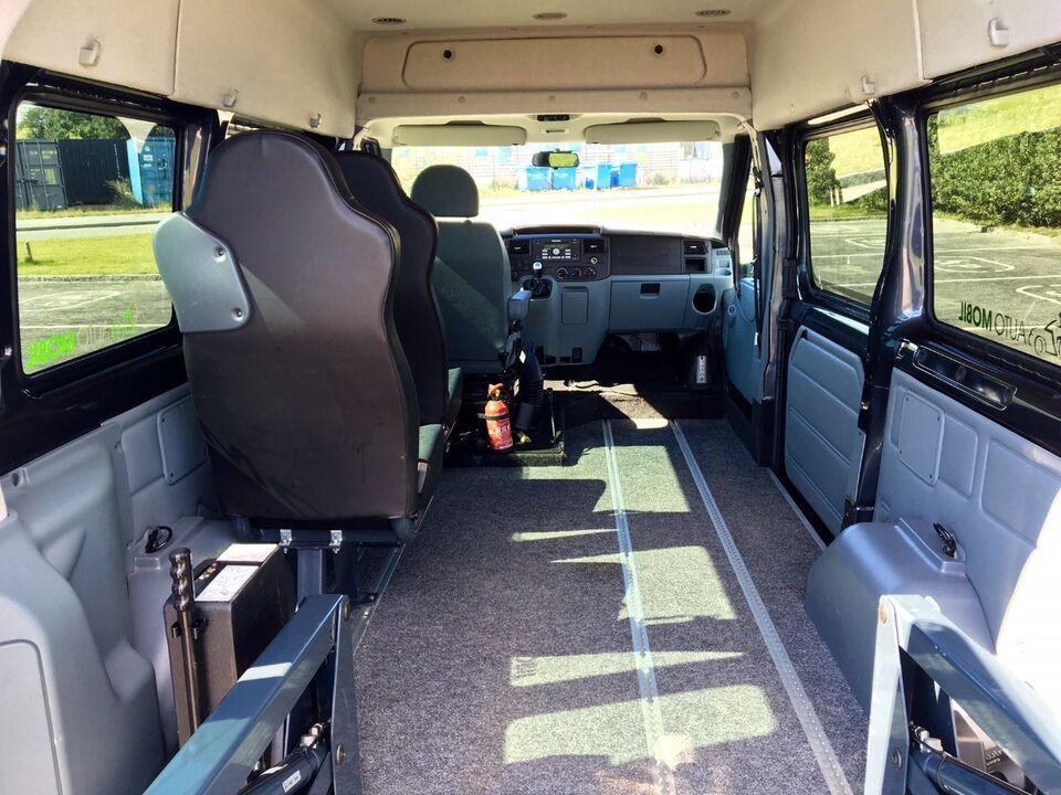 Ford Transit 300S Kombi 2,2 TDCi 85 Ambiente Diesel modelår