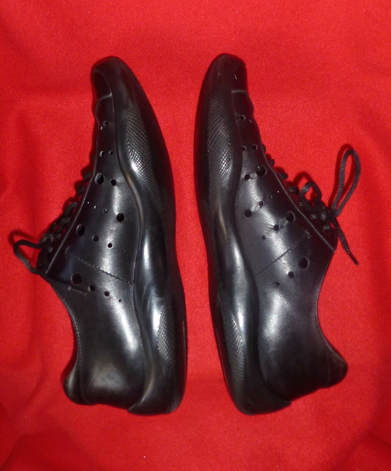 PRADA  nero Leather Perforated Lace Up LR LR LR Sport scarpe da ginnastica 42 9 45f4ff