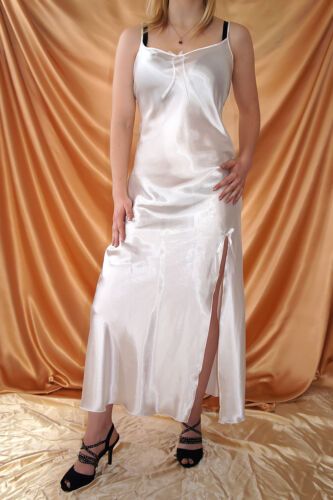 38-46 Nachtwäsche Langes Glanz Satin Nachtkleid Negligee mit hohem Schlitz Gr
