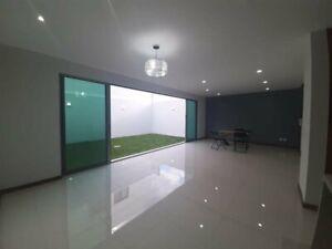 Casa Nueva 3 recamaras mas estudio 4 baños Zapopan, Jal