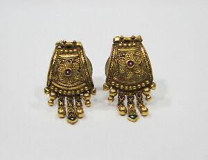Vintage antique enamel work 20k gold jewelry earrings stud from
