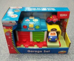 GoGo Drivers - Garage Set - Driving Fun Vehicle Set – WinFun * PURCHASE TODAY *