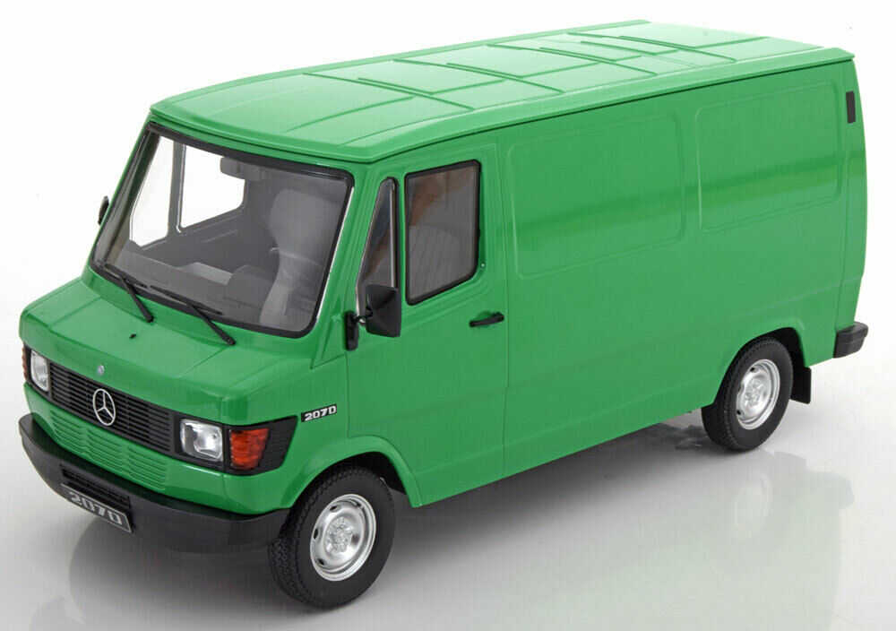 KK SCALE MODELS 1988 MERCEDES BENZ 208 Transporteur Vert Édition Limitée de 500 1 18 Scale