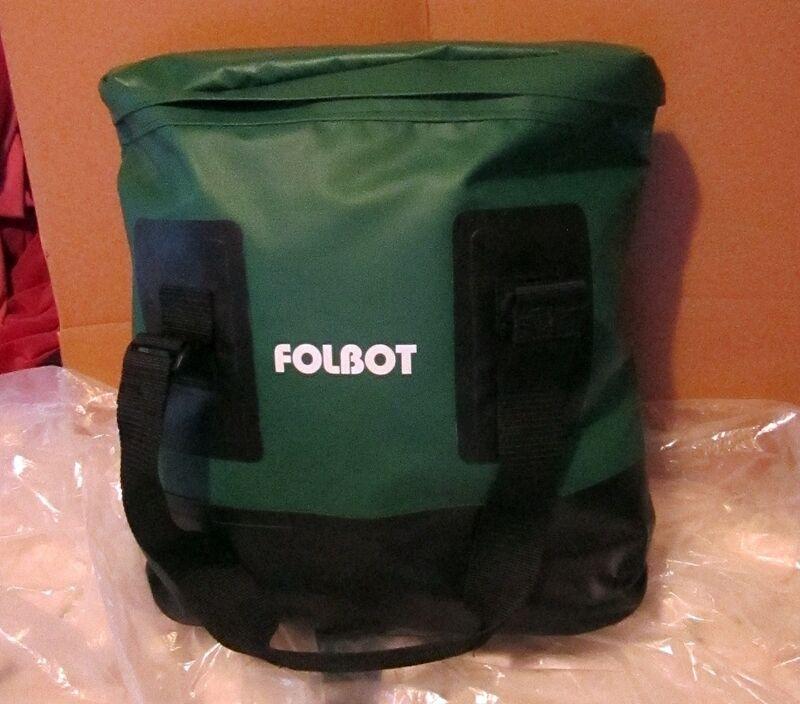 Folbotes impermeables, bolsos secos, bolsas verdes.