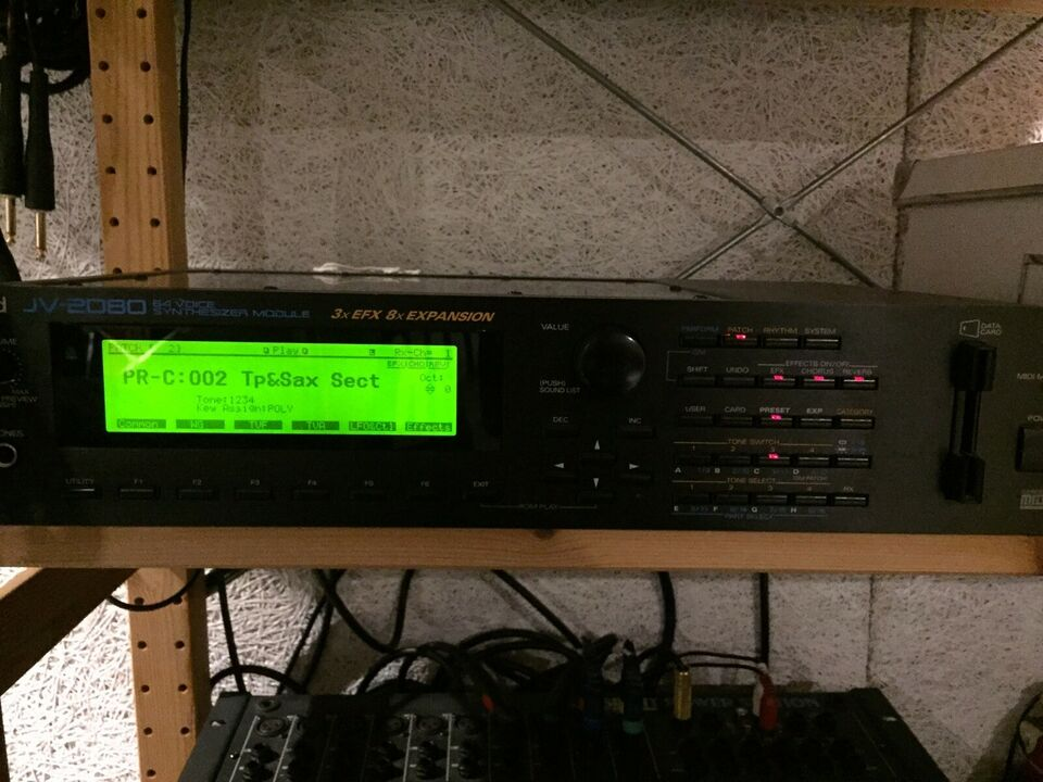 Lydmodul, Roland JV—2080