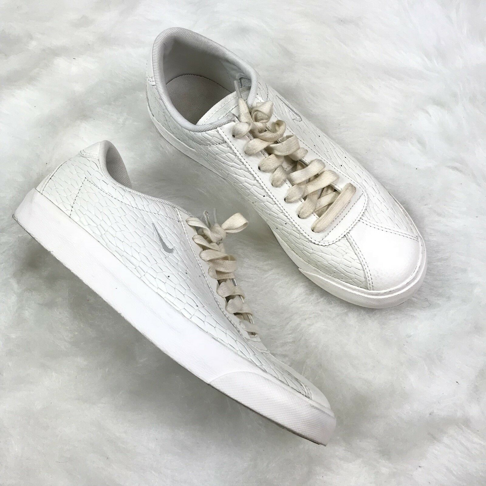 Nike Womens Shoes 896502-100 White Match Classic Premium Snake Embossed Leather