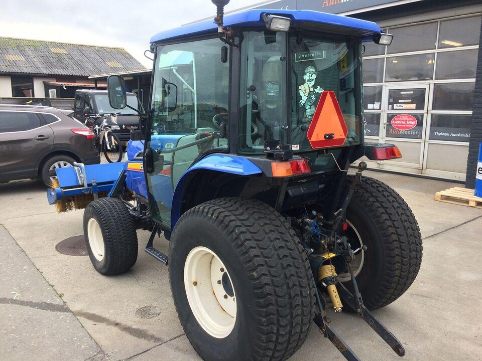 Kompakt traktor