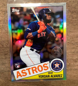 2020 Topps Chrome Throwback Yordan Alvarez Rookie Retro