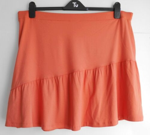 *Brand new* peach /'ra-ra/' skirts with diagonal ruffle//flare feature Tu size 22