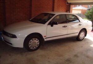 Wrecking-Mitsubishi-Magna-1998-TF-White