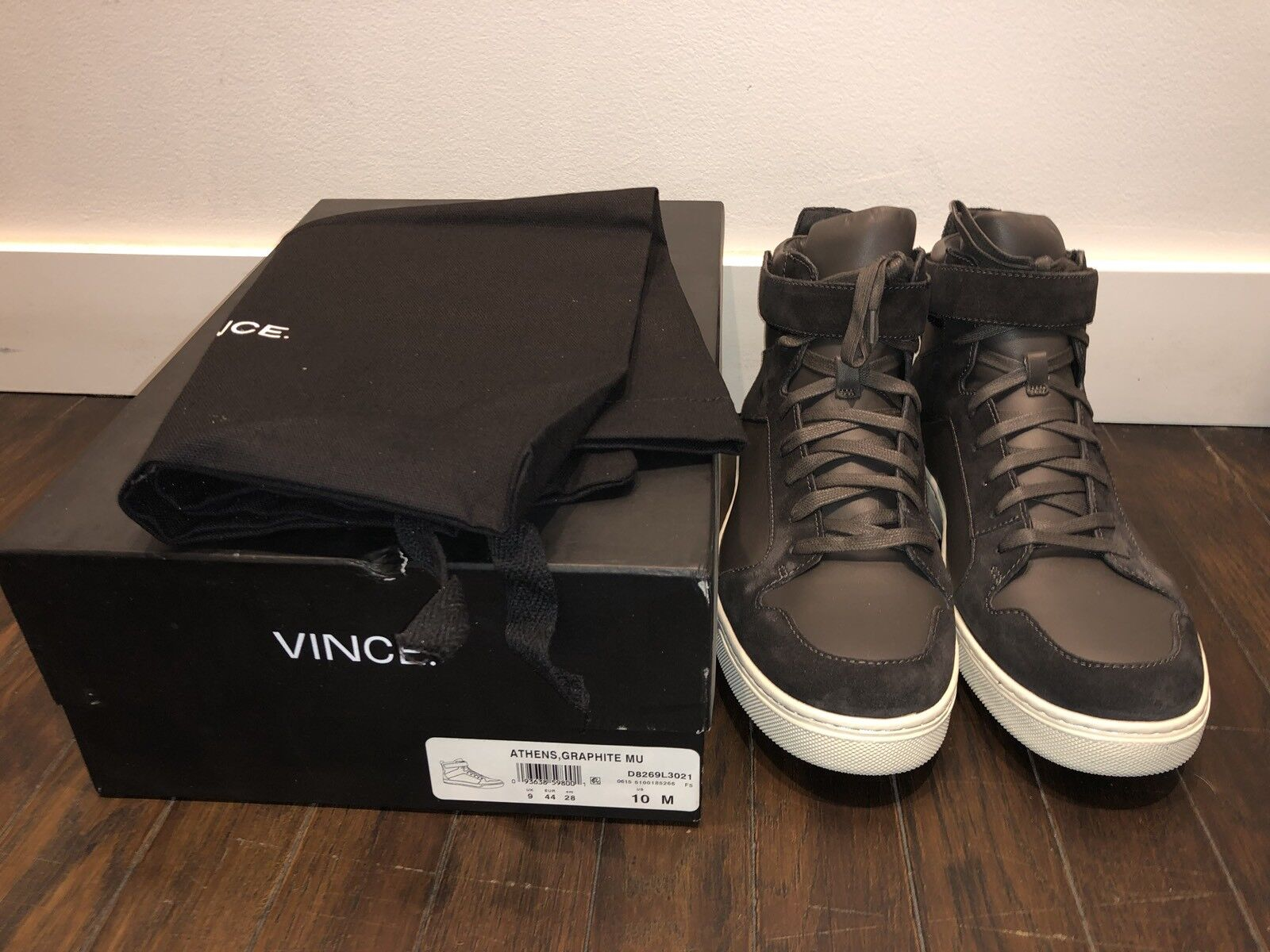 VINCE Athens Hightop Sneakers Size 10 M  RETAIL  375 New In Box free ship