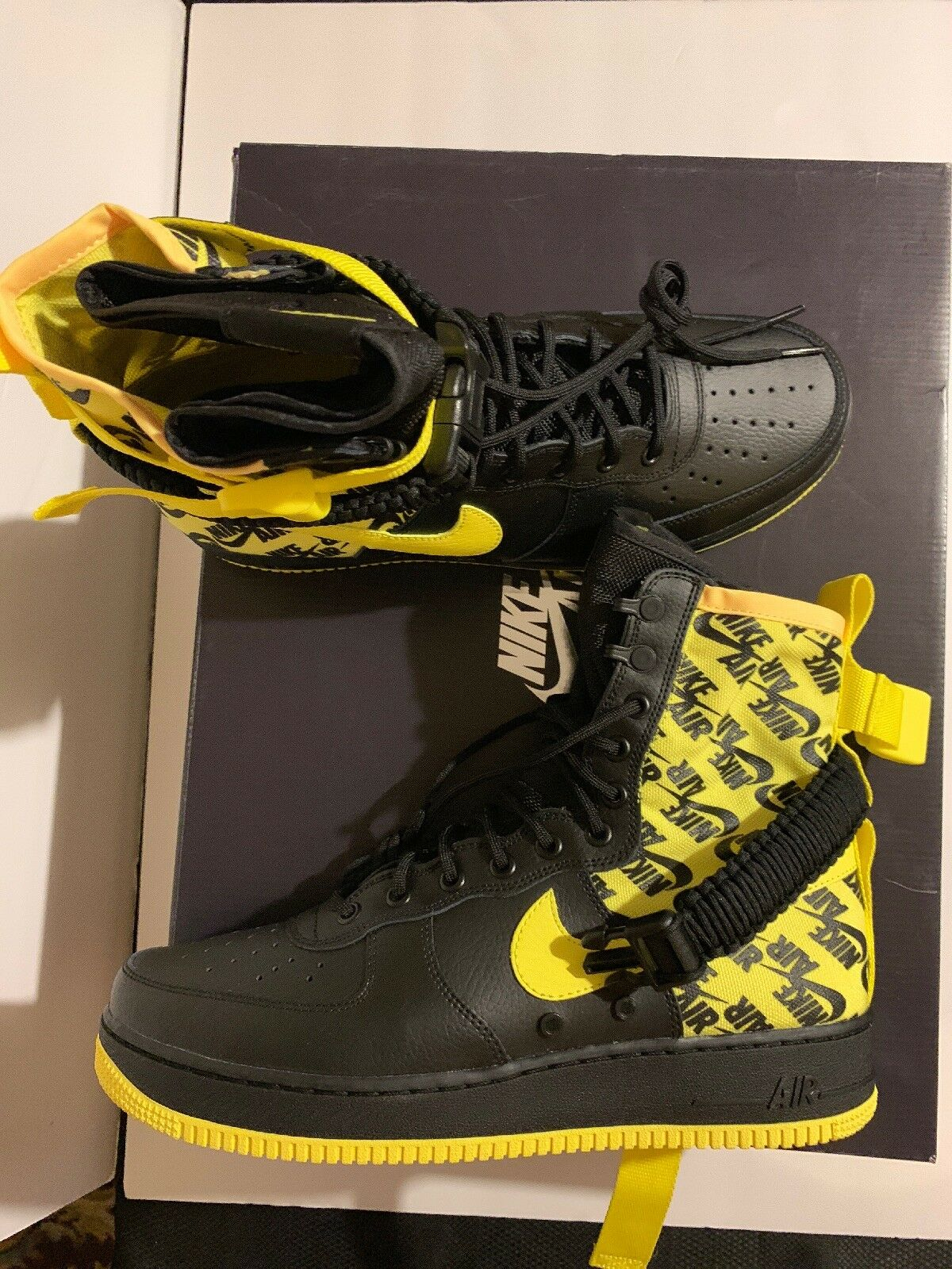 New Nike SF Air Force 1 High Mens Size 12 Black Dynamic Yellow AR1955-001