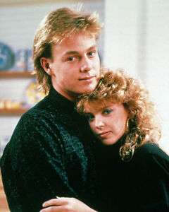 Jason Donovan & Kylie Minogue [1010157] 8x10 photo (other sizes available)