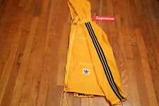 vintage Rare 90's adidas yellow rain windbreaker jacket with Zip pockets medium
