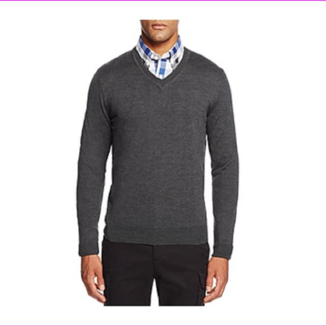 Bloomingdale's Men's Dark Grey 100 Merino Wool Sweater Size XL With Tags