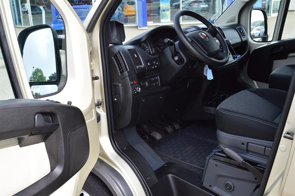 Fiat Ducato 35 2,3 MJT 130 Base Minibus L3H2 d, Diesel, årg.
