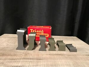 TRIANG-HORNBY-RAILWAYS-R79-INCLINED-PIERS-SET-OF-SIX-535