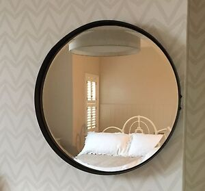 Round mirror metal 55cm dia urban vintage industrial for Miroir rond metal noir