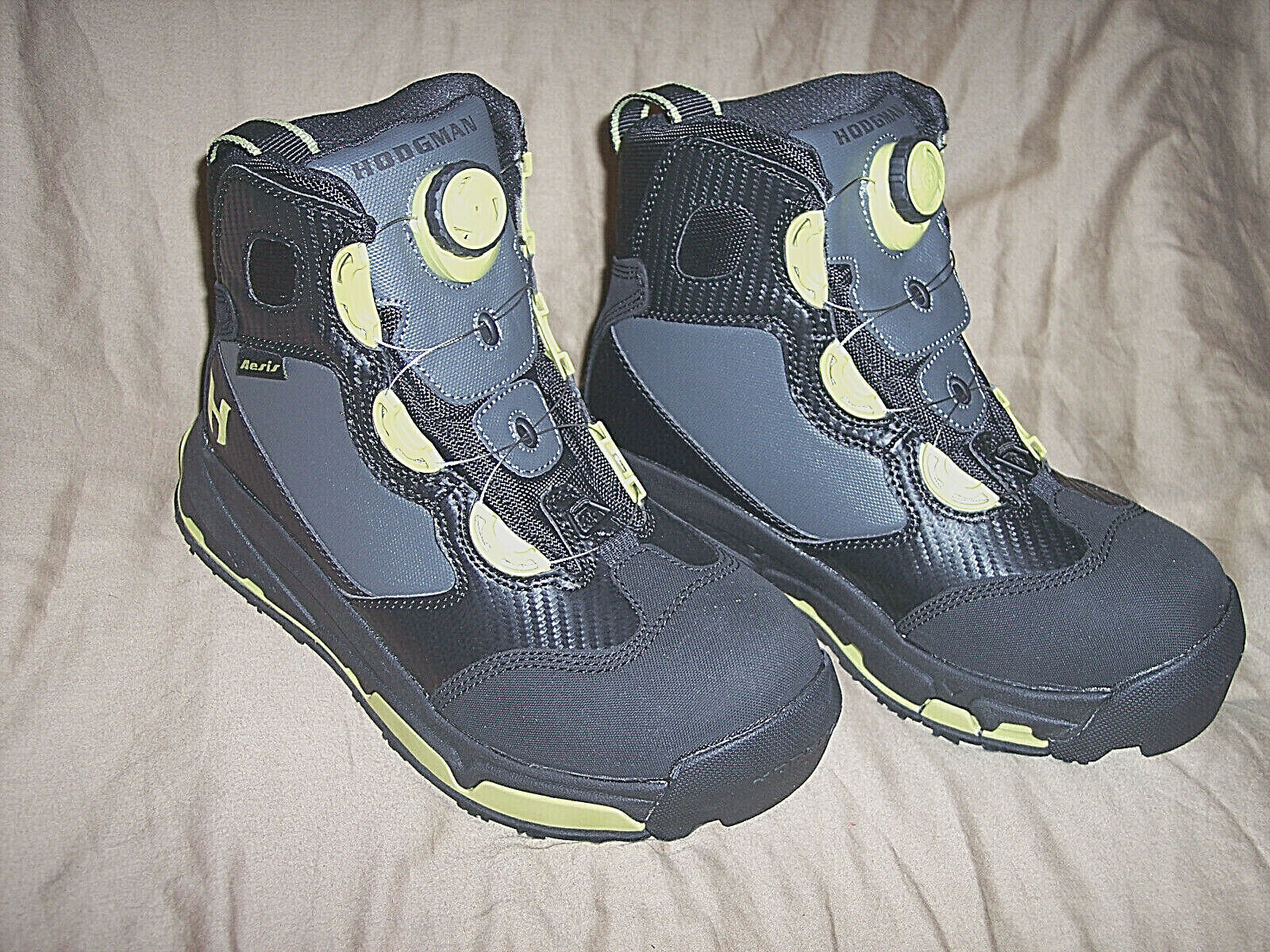 Hodgman Aesis shoes  Wading shoes Mens 9 Water shoes Fishing Wading Boots  180  10 days return