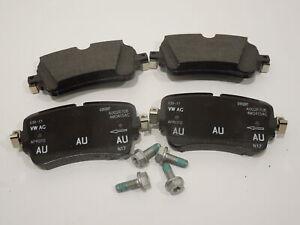Audi-A4-B9-A8-D5-Rear-Brake-Pads-Set-for-350x28mm-New-Genuine-4M0698451P
