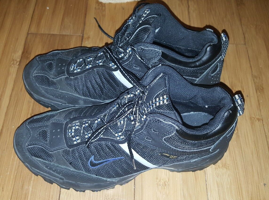 Nike ACG Gore-Tex 311285-002 Black Hiking Trail Shoes  Men's US Sz 7.5 VGC Comfortable and good-looking