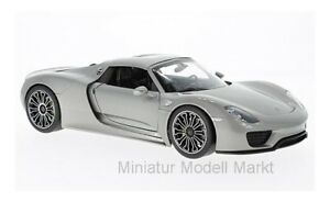 18051-WELLY-Porsche-918-Spyder-plata-Hard-Top-2011-1-18