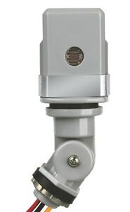 12 Volt Stem Mount Dusk To Dawn Photocell Sensor Light