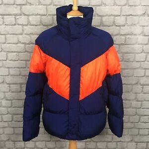 Dettagli su Nike Da Uomo UK s Windrunner giù giacca di riempimento Vuoto Blu Rosso Chevron Puffa Puffer mostra il titolo originale