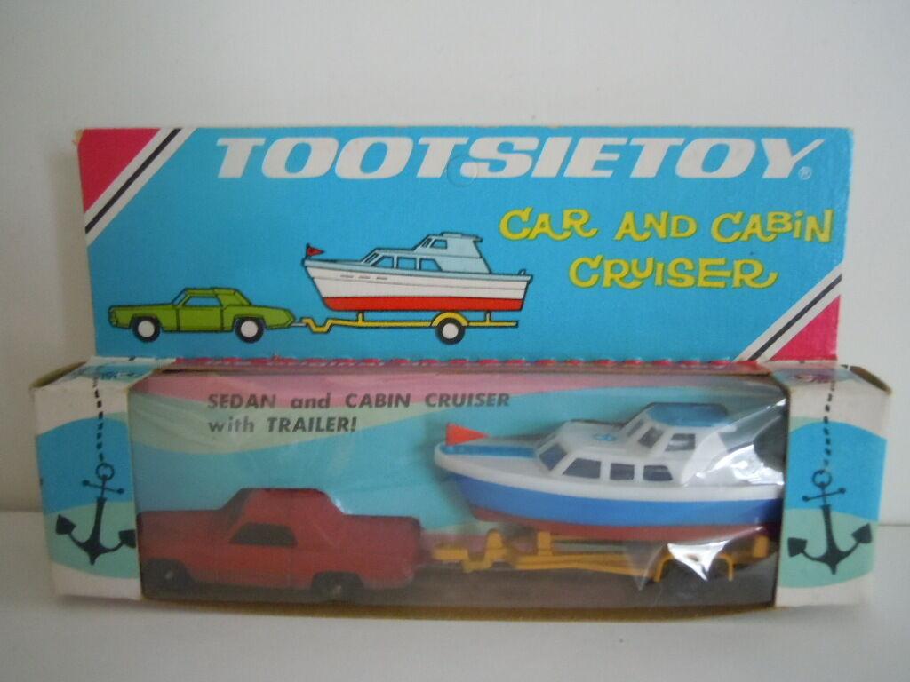 Super Raro Nuevo en paquete Vintage Tootsietoy Tootsietoy Tootsietoy Sedan Car & Cabaña Cruiser  Remolque 212140