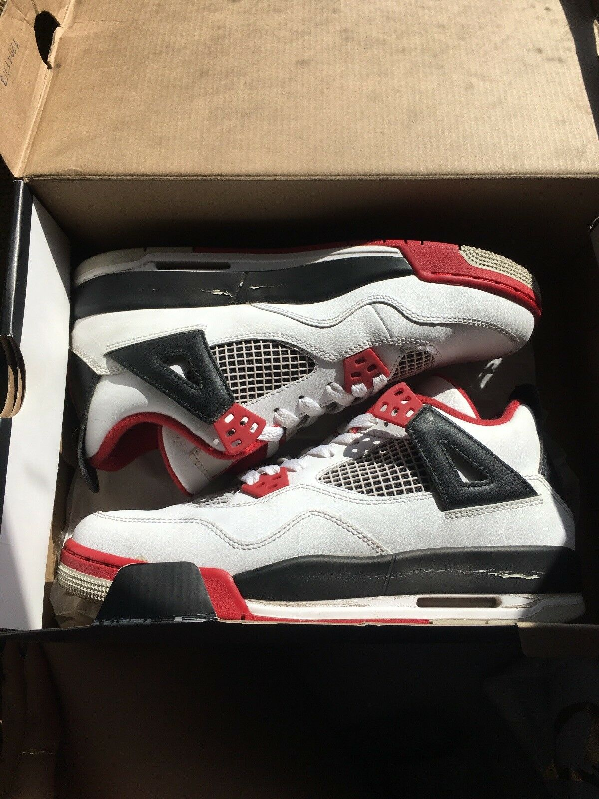 Nike Air Jordan Fire Red 4's Size 6.5