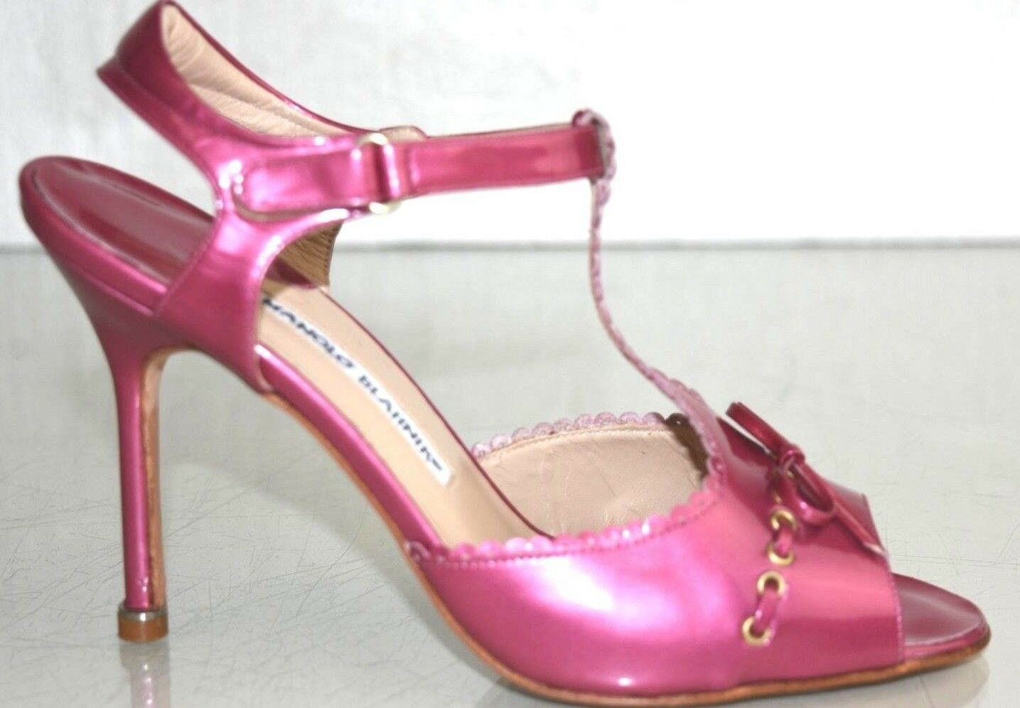 NEW Manolo Blahnik 105 PEARLY PEARLY PEARLY Patent Leather Sandals Pink Scalloped Bow shoes 37 1381c4