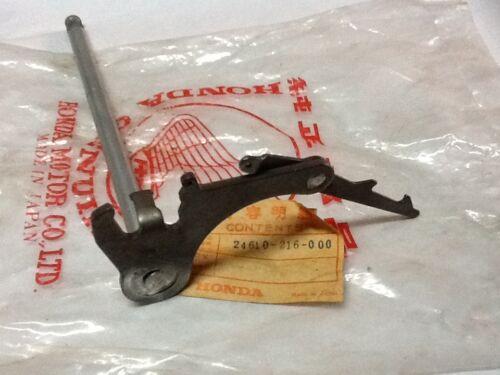 Honda CB93 SPINDLE GEAR SHIFT NOS 24610-216-000
