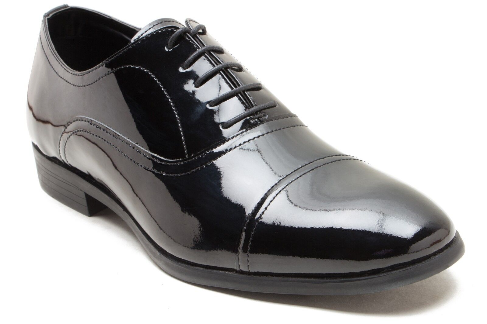 Red Tape Men's Boston Black Patent Leather Straight Cap Oxford shoes