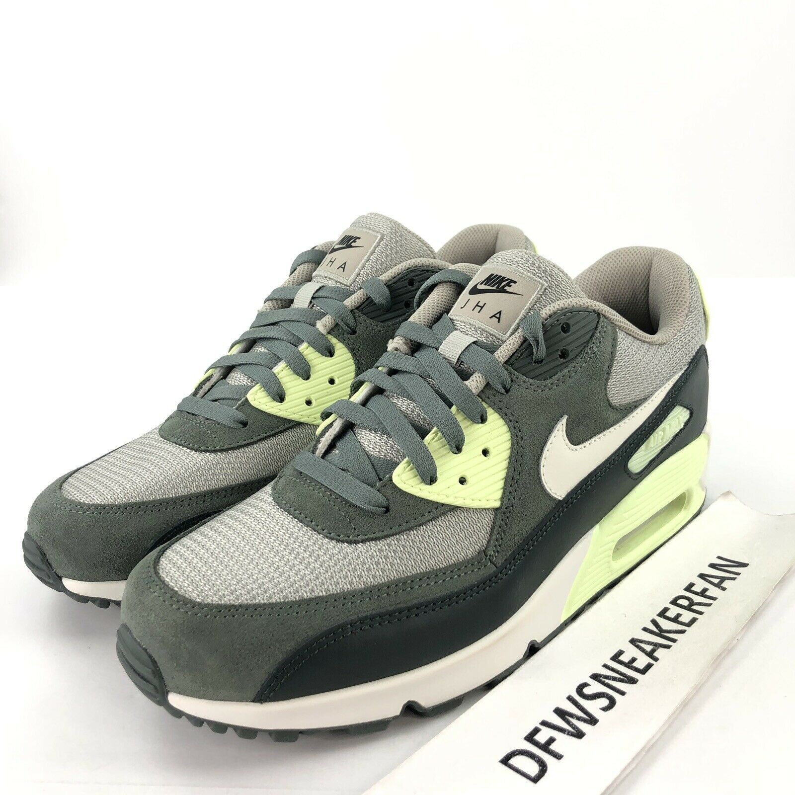 Nike Air Max 90 Premium iD Men's 10.5 Running shoes Green BQ8747-991 New