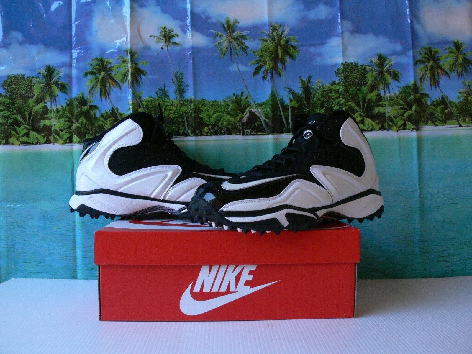 NIKE SPEED DESTROYER  TURF CLEATS white black  SIZE US 14.5   /