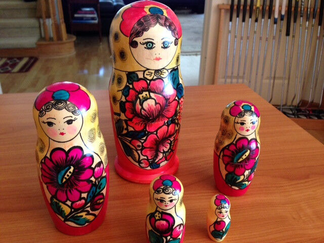 Authentic Russian Nesting Dolls, Hand Crafted 5 piece set, Brand New Condition.