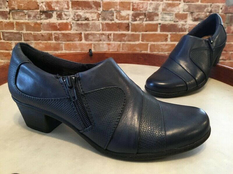 Earth Navy Blue Leather Monica Comfort