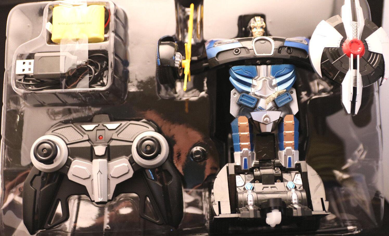 Ferngesteuert  Transformers   Farbe blue-black  8+  OVP  vom Roboter zum Auto