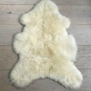 Milieu Luxueux Blanc Britannique En Peau De Mouton 100% Naturelle Masquer Peau Mouton Vendeur Britannique-afficher Le Titre D'origine