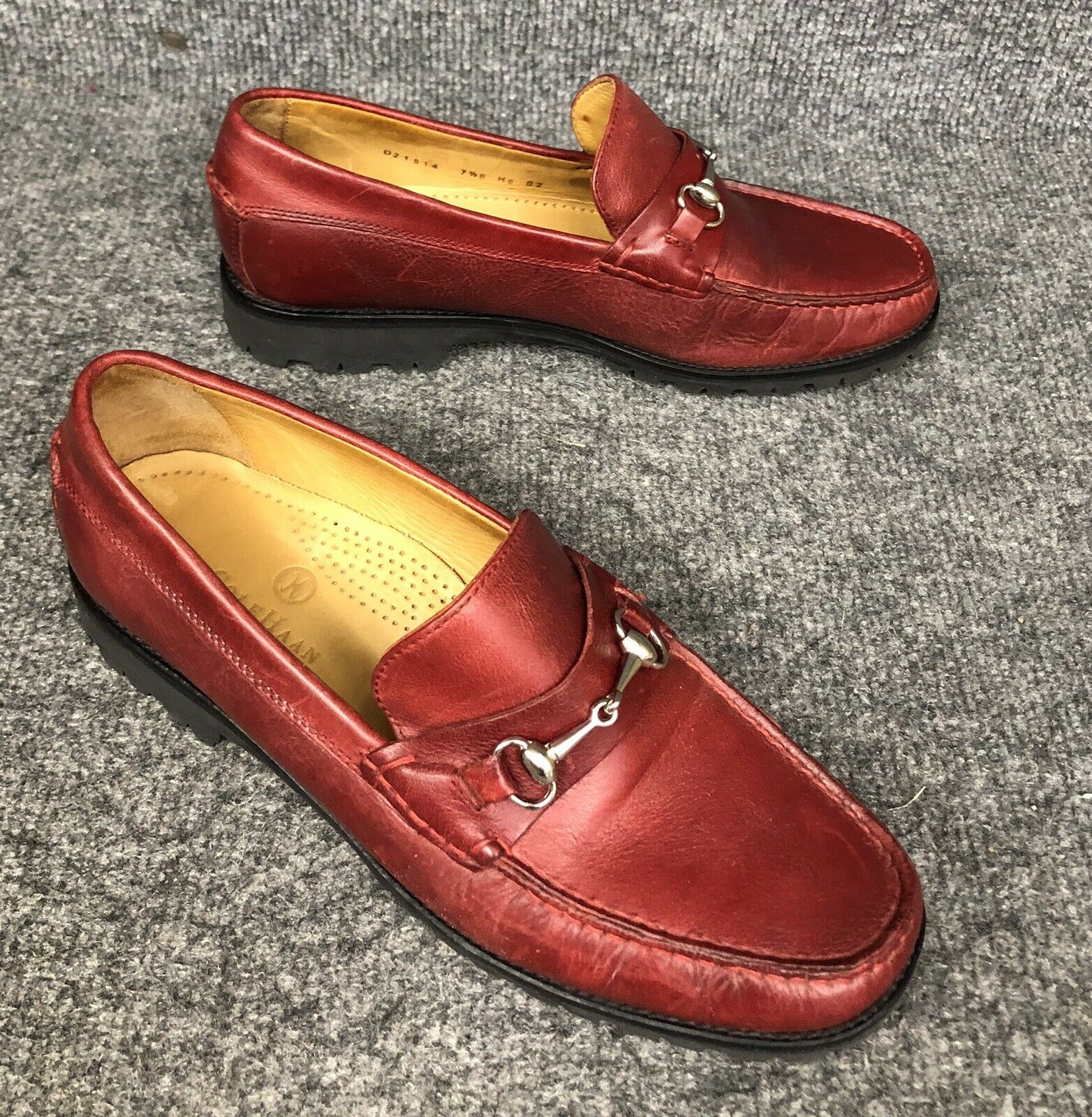 Cole Haan Women's Red Leather Slip On Loafer shoes Sz 7.5B In EUC