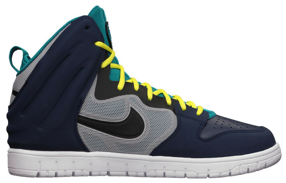 Nike Dunk Free Mid Navy  Brand new in Box                    Retail  110