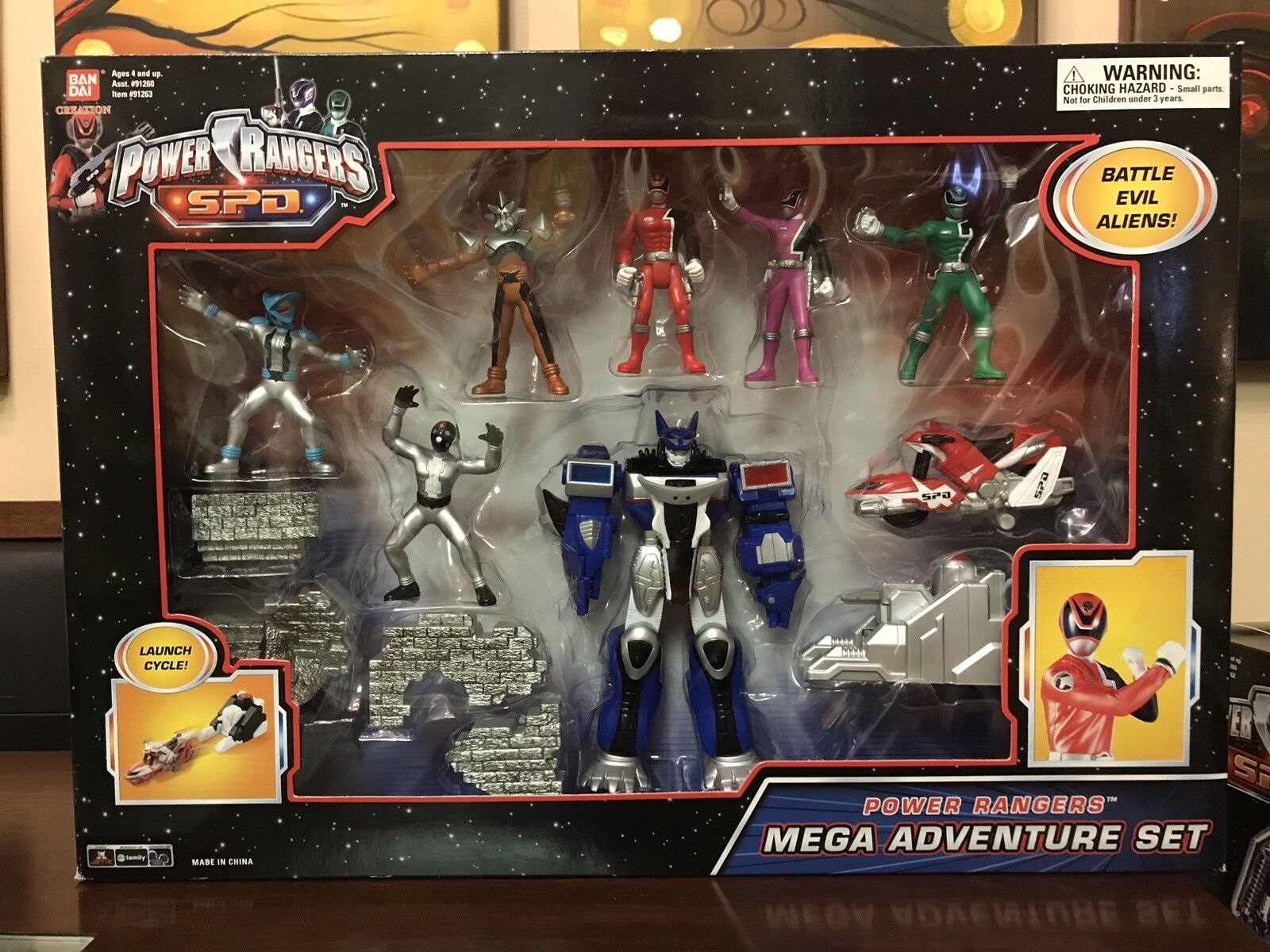 New Power Rangers SPD Battle Evil Aliens MEGA Adventure Set W  Megazord