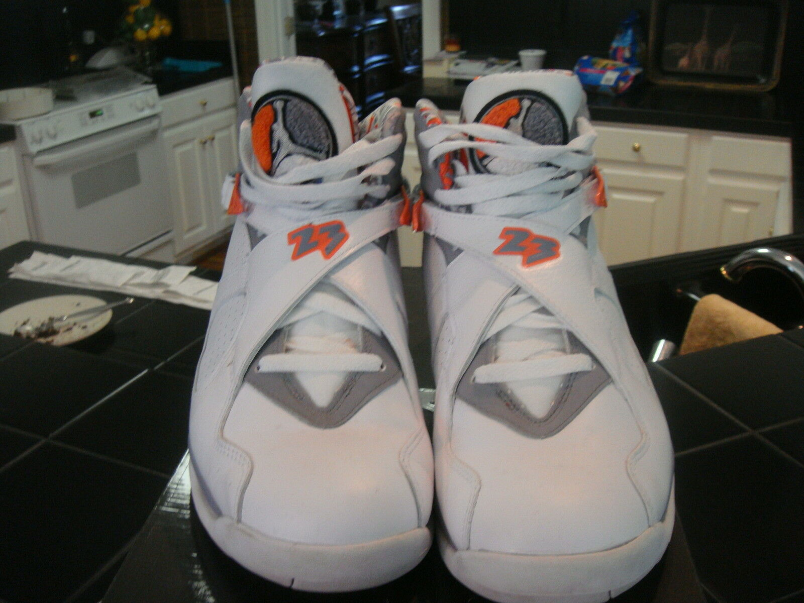 Men's NIKE AIR JORDAN RETRO 8 White Stealth orange SZ 10.5 305381-102