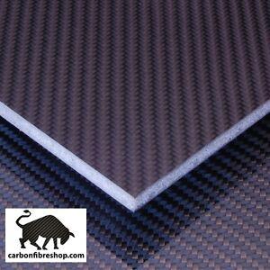 Plate-in-carbon-fibre-sandwich-core-600x200x6mm