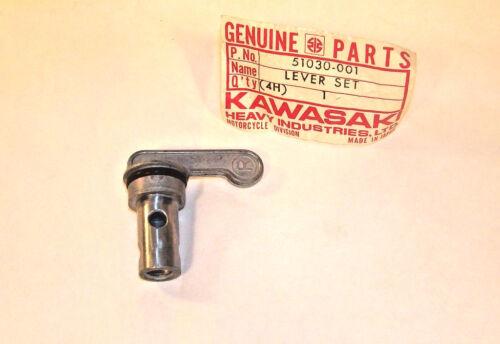 PETCOCK LEVER SET OEM KAWASAKI Z1 900 51030-001 S1 F11