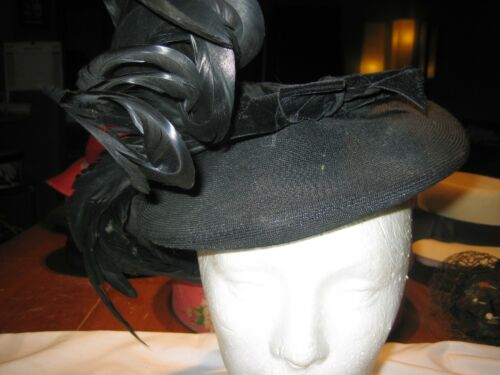 1950s Black Straw Feathered Small Coolie style Hat