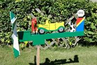 Car Cranking Man Wooden Hand Painted Whirligig With Mounting Pole Hcc42-cranking