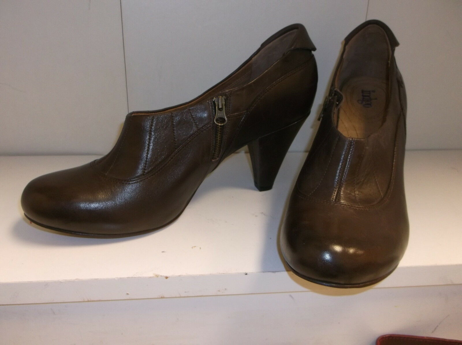 Indigo by Clarks Women's  Brown Leather Heels Ankle  Boots Booties 11M