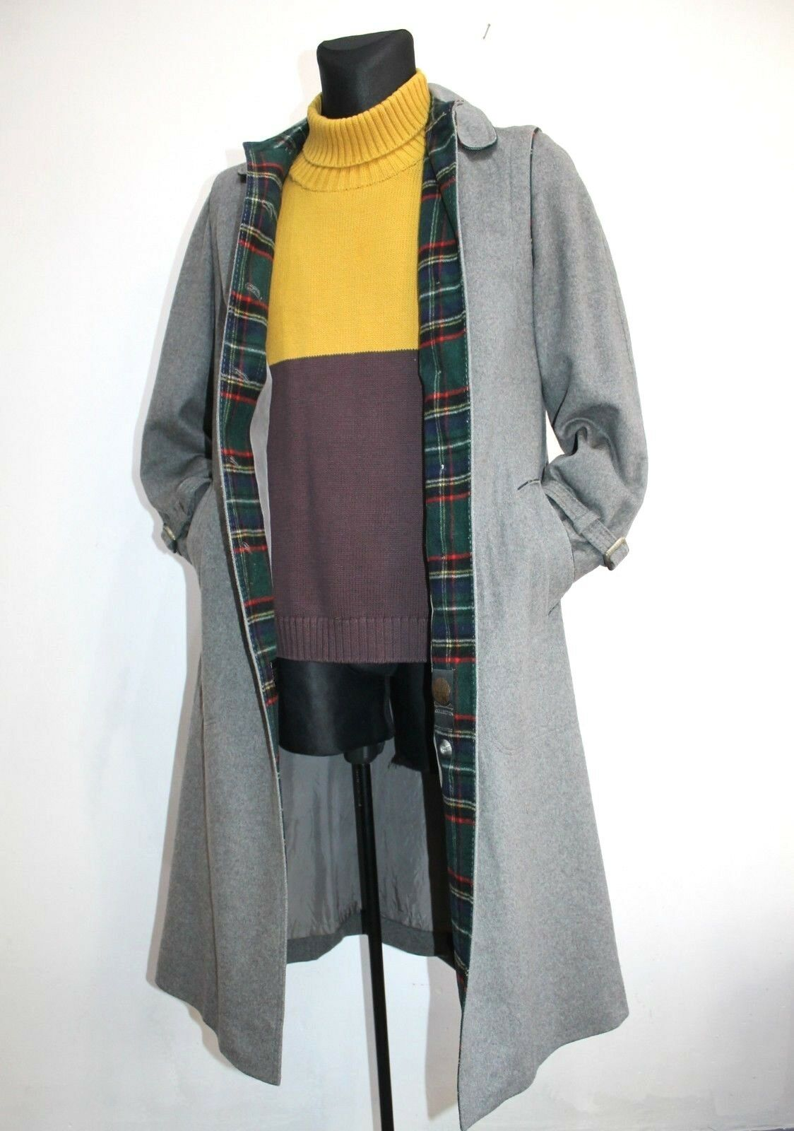 Vtg goldEN GATE Womens Coat Tartan Plaid Wool Grey Austria Overcoat